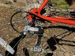 Specialized Hard Rock 21 Frame Suspension Mountain Bike 26 Wheel